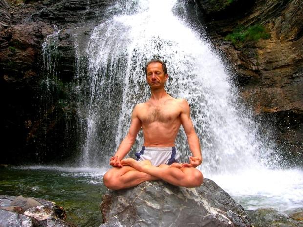 Tanumânasî_en_Meditacion_Loto_Padmasana